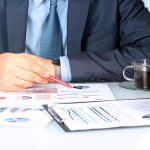Manfaat dan Pentingnya Menyewa Financial Consultant